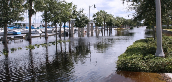 PHOTO - Florida sea level rise - 01182017 - iStock- 3360x1602_LANDSCAPE